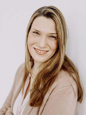 Porträtfoto von Ärzte-Coach Astrid Schroeder