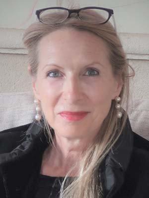 Porträtfoto von Dr. Eva Dempewolf